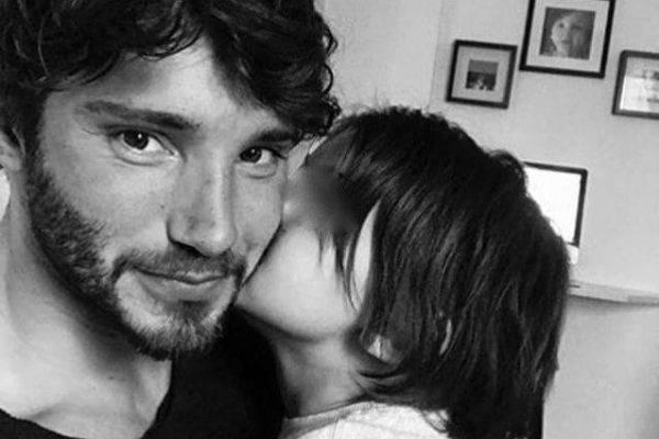 Stefano de Martino e Belen Rodriguez l'atto d'Amore da Mara Venier