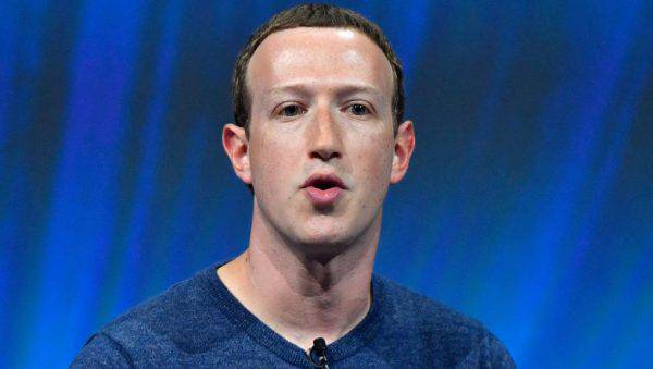 Facebook, Zuckerberg risponde all'inchiesta del Nyt: