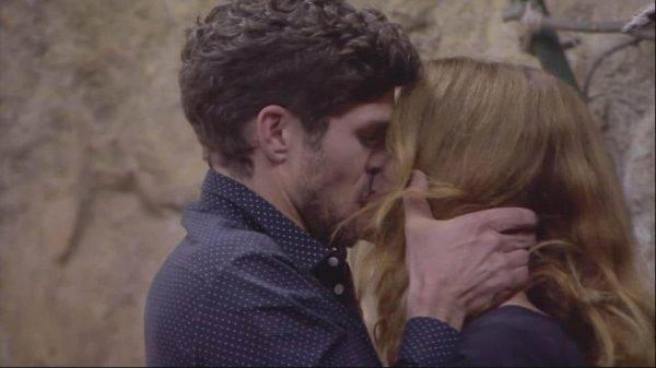 Grande Fratello Vip, è amore tra Elia e Jane?