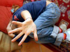 Bambino di 9 anni picchiato a morte