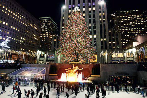 Albero Di Natale New York 2020.Natale A New York Lo Spettacolo Dell Albero Del Rockfeller Center