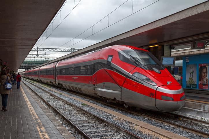 treni frecciarossa dall'aeroporto di fiumicino