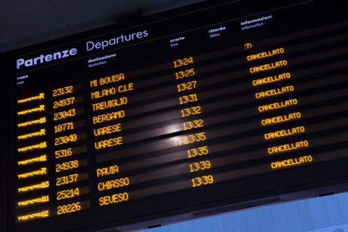 Treni, sette scioperi a dicembre Trenitalia, Trenord, Italo: date e orari