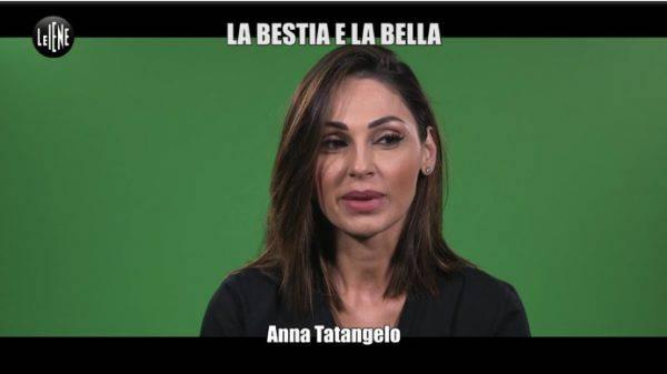 Anna Tatangelo beccata in vacanza col