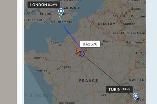 Aereo diretto a Torino costretto all'atterraggio di emergenza
