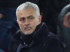 Mourinho esonerato