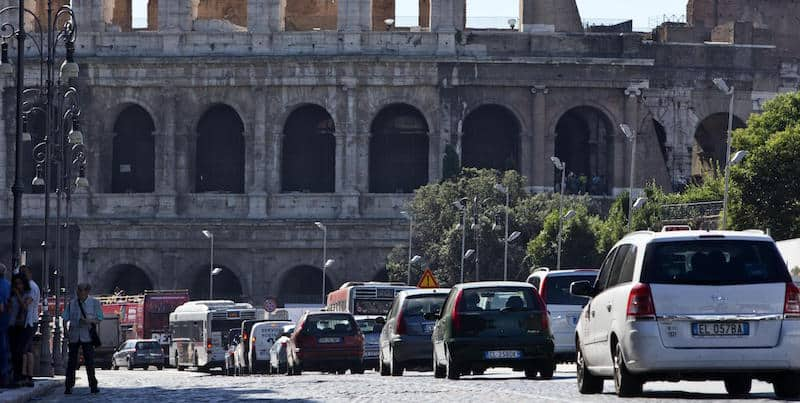 roma stop al traffico