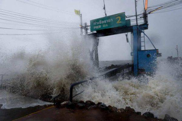 Thailandia colpita dalla tempesta