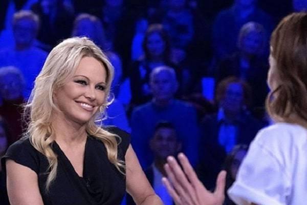 Pamela Anderson a Verissimo esclusiva: