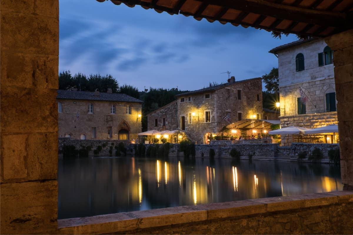 Bagno Romantico San Valentino : San valentino 2019 in un borgo romantico in italia dove andare