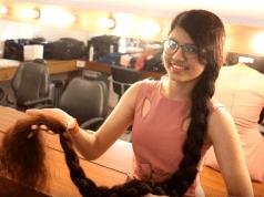 Nilanshi patel capelli più lunghi del mondo
