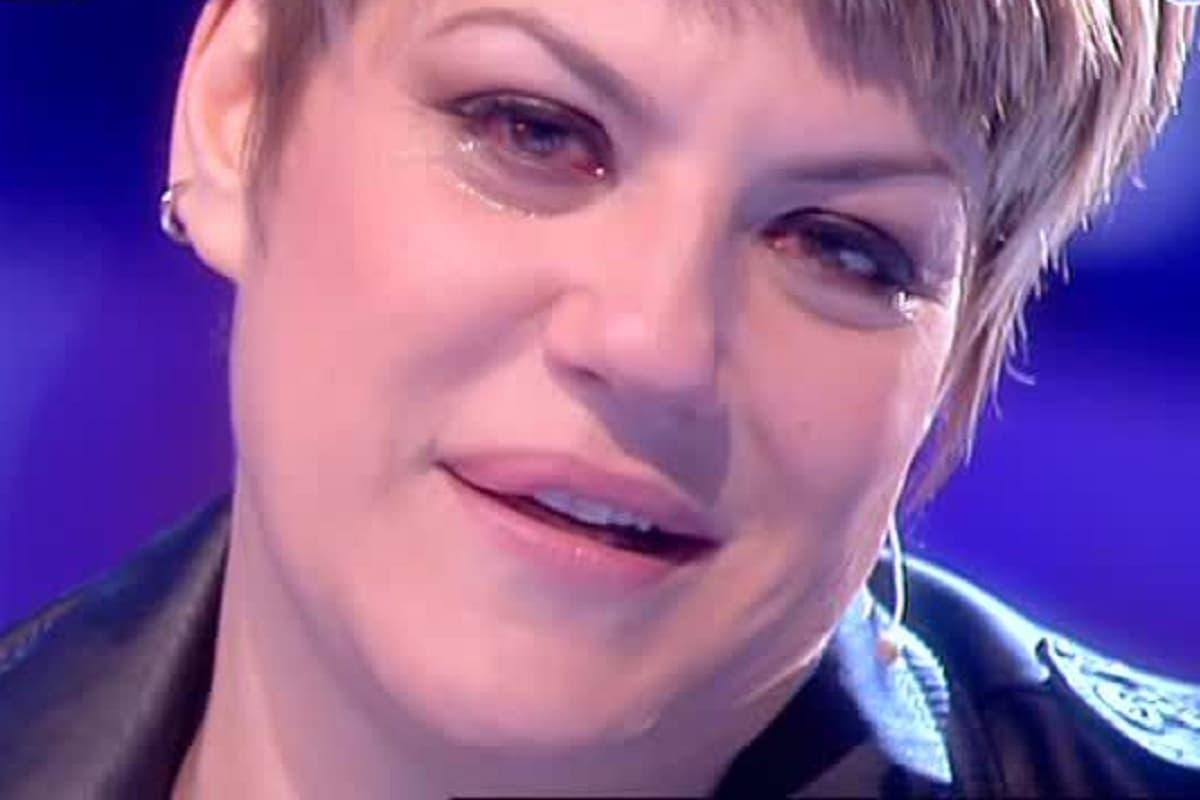 Manuela Villa molestata