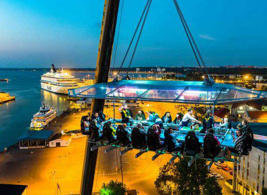 dinner in the sky cattolica