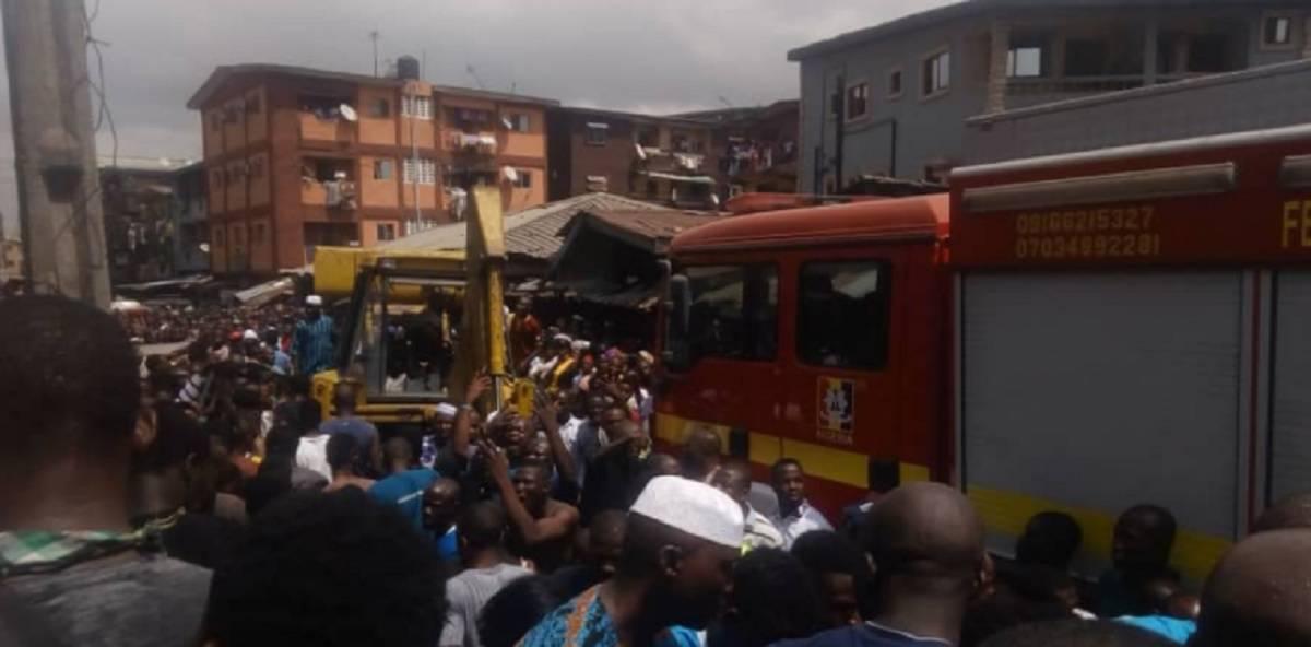 nigeria scuola crolla edificio