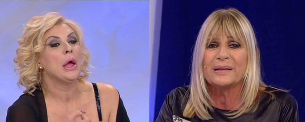 """Uomini e Donne, l'accusa infamante di Tina a Gemma: """"Porti ..."""
