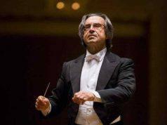 età,carriera e storia del direttore d'orchestra