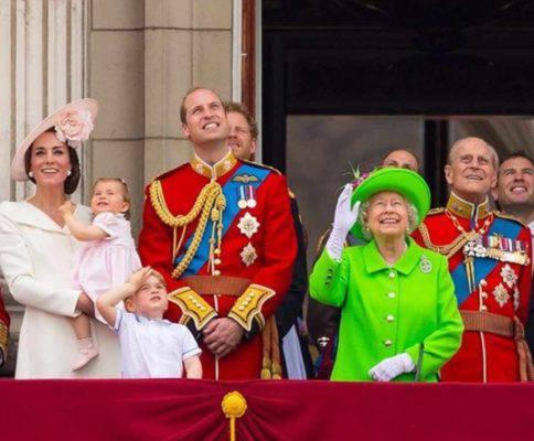 wiliam harry nipoti regina elisabetta