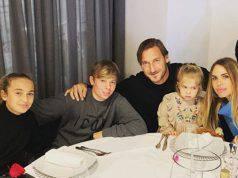 """Ilary Blasi gela Francesco Totti: """"Il quarto figlio lo facci"""