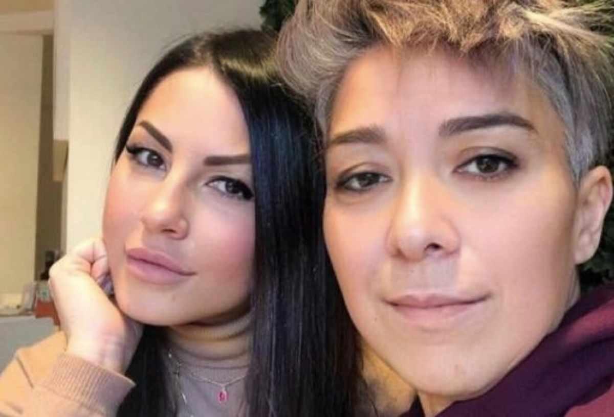 """""""Eliana Michelazzo e Pamela Perricciolo sono lesbiche"""""""