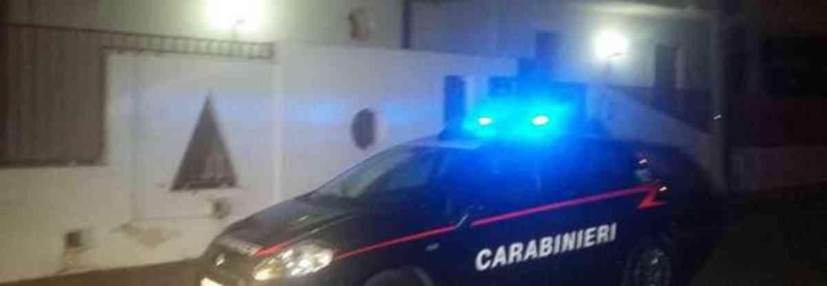 figlio fermato dai carabinieri