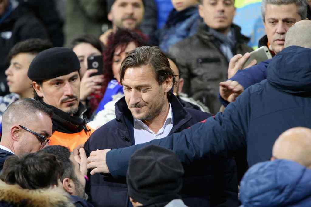 Roma, arriva la svolta: Francesco Totti sarà direttore tecnico