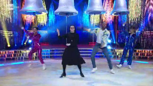 Suor Cristina a Ballando del 4 maggio 2019 (video e gallery)