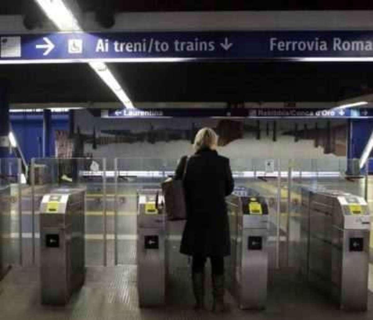 metro chiusa a roma
