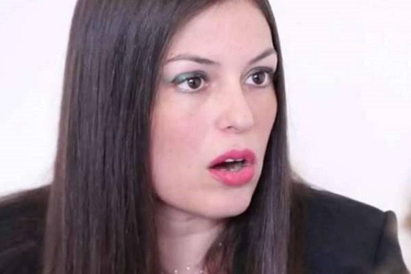 Sara Tommasi è incinta: il periodo buio è alle spalle