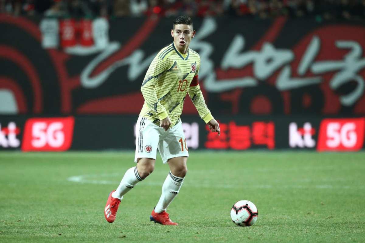 Mercato Napoli, Ancelotti in campo per convincere James Rodriguez