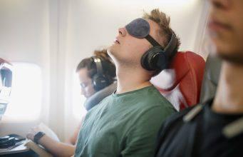 addormentarsi aereo