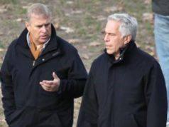 Virginia Giuffre |  chi è l'accusatrice del principe Andrea nello scandalo Epstein?