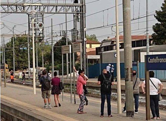 treni bloccati castelfranco