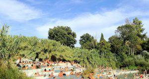terme saturnia in estate