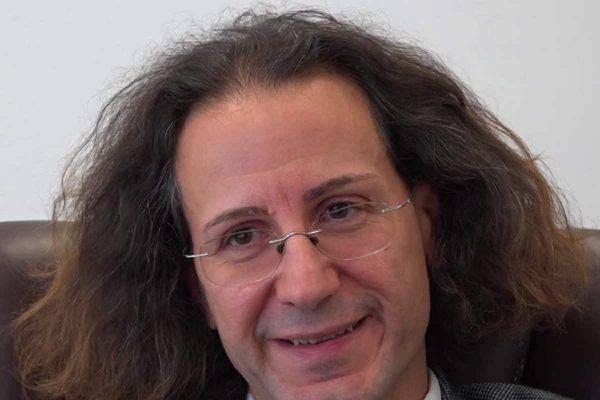 Adriano Panzironi Chi E Il Giornalista Inventore Di Life 120
