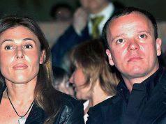Gigi D'Alessio, chi è l'ex moglie Carmela Barbato: età, foto