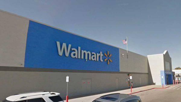 Ancora spari da Walmart: almeno due morti, ucciso il killer