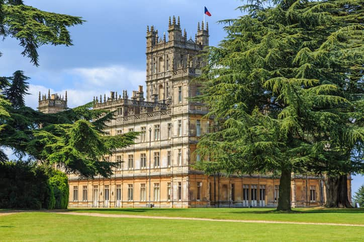highclere castle, location downton abbey