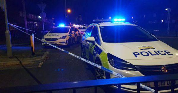 Ancora paura in Inghilterra: un morto e 5 feriti davanti a scuola