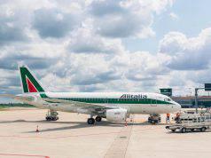 Sciopero aerei venerdì 13 dicembre: Alitalia cancella i voli