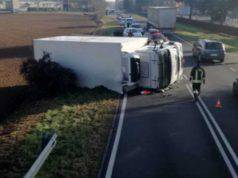 Incidente camion panettoni