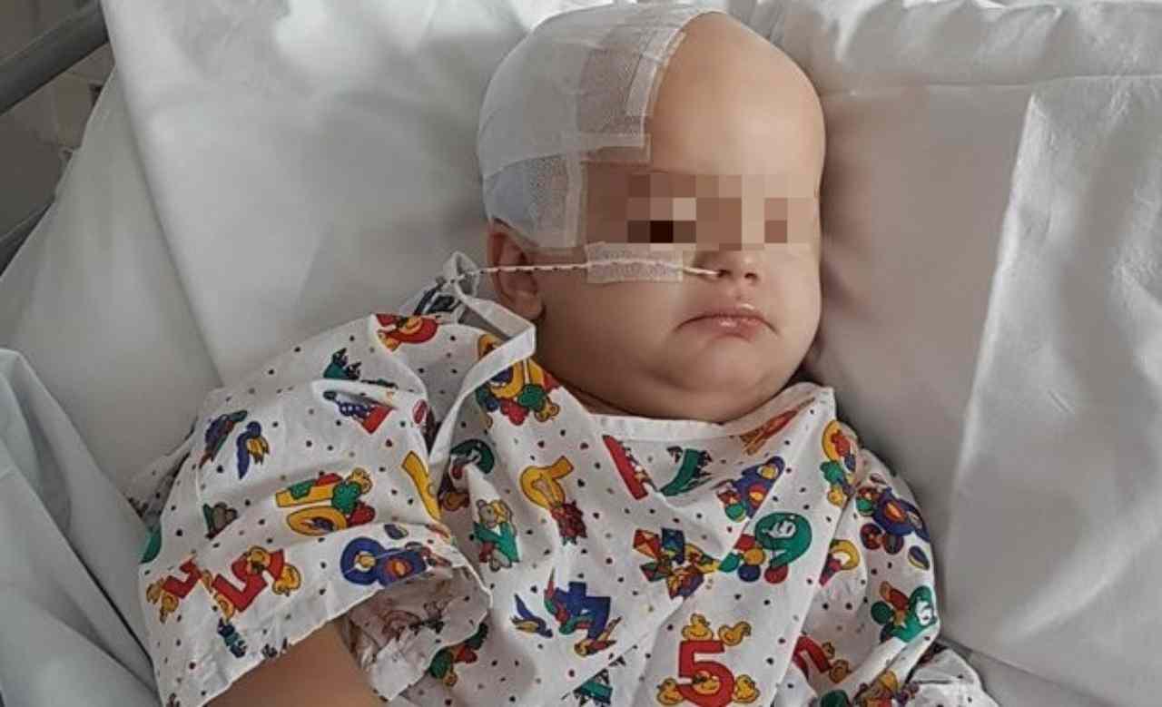 Bambino morto | cancro al cervello lo uccide a soli 3 anni