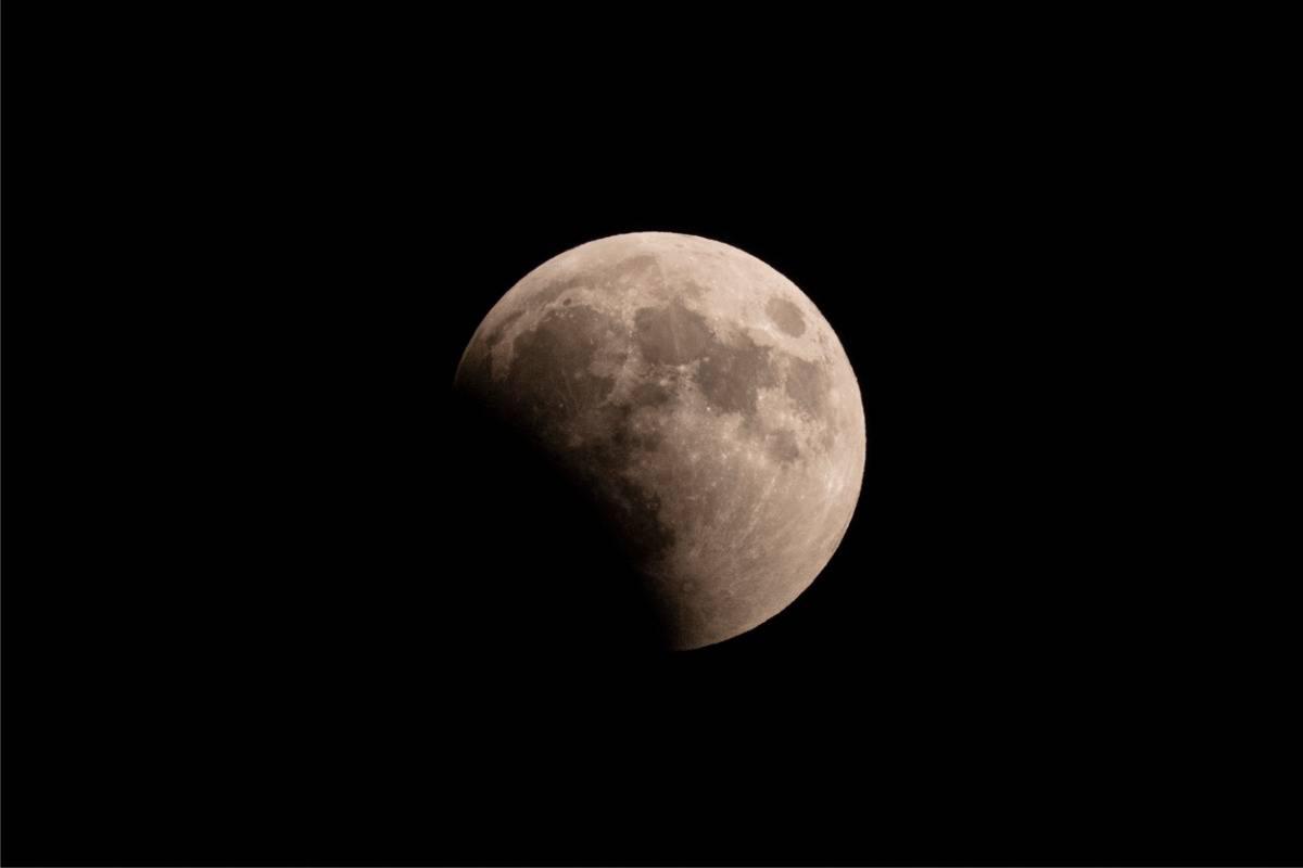 eclissi luna 2020