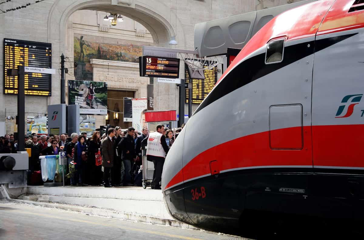 treno deragliato traffico