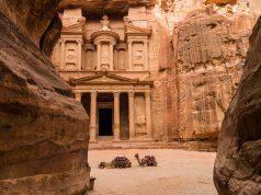 Caduta di massi a Petra, in Giordania: morto un turista ital