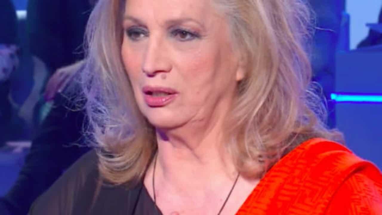 Iva Zanicchi: è crollato tutto, confida del tumore del marito