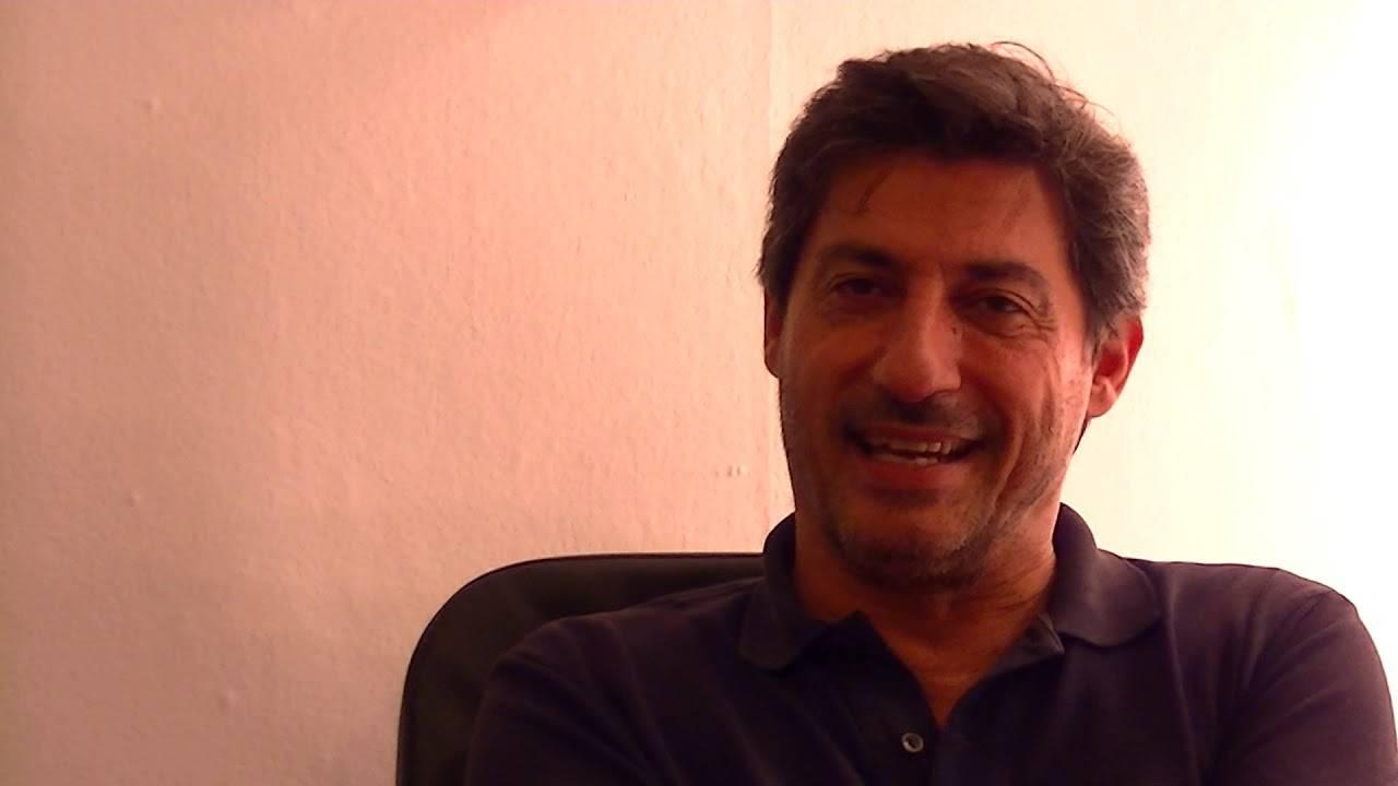 Emilio Solfrizzi, chi è l'attore barese: carriera e curiosità