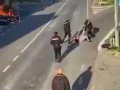Salerno | aggressione dei carabinieri a uomo con turbe psichiche | VIDEO