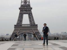 Torre Eiffel evacuata: allarme bomba a Parigi – ULTIM'ORA