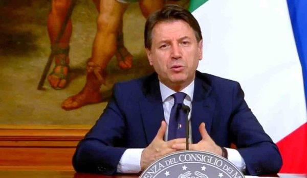 Giuseppe Conte conferenza stampa Fase 2