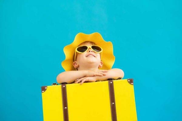 bambini-vacanza-skyscanner